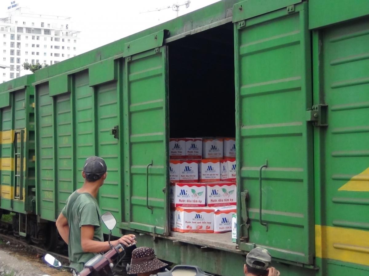 vận chuyển hàng nặng